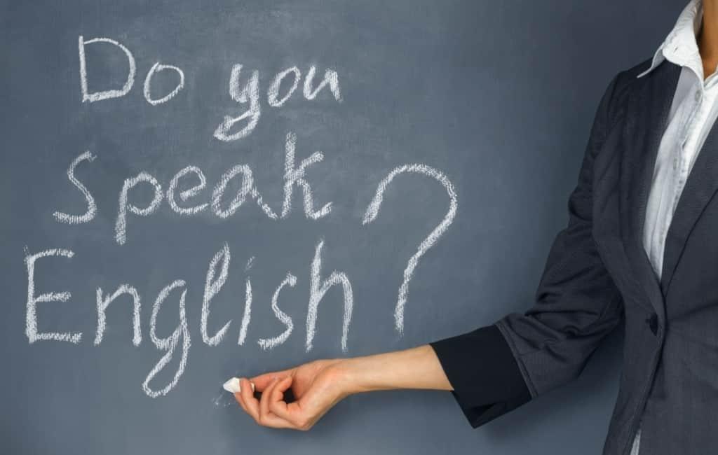Spaanse premiers spenderen 272.000 euro om Engels te leren