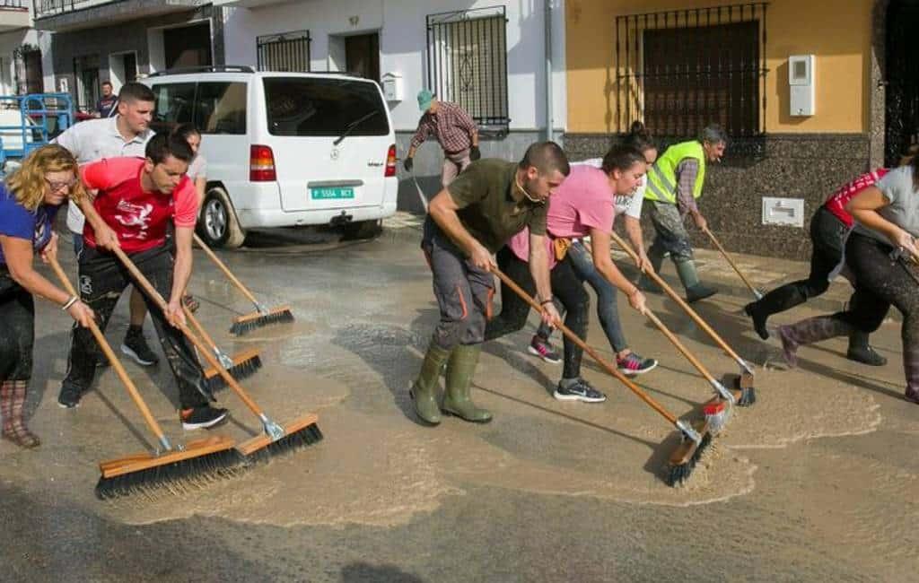Opruimen ravage na noodweer en overstromingen provincie Málaga