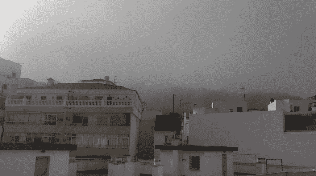 Veel hinder door 'taro' mist in Málaga