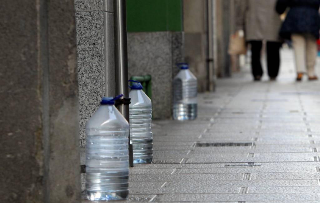 Vila-seca wil geen plastic flessen tegen hondenplas meer op straat zien