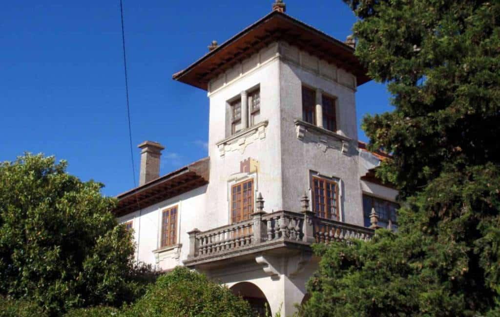 Te koop in Spanje: kasteel, toren, klooster, paleis, dorp…