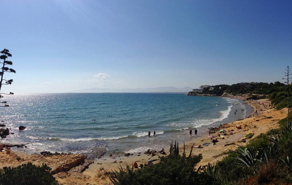 Klimaatverandering oorzaak van 30 cm minder strand in Salou
