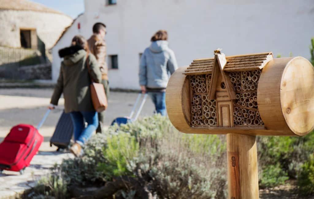 Eerste hotelketen voor bijen ter wereld geopend in Alicante