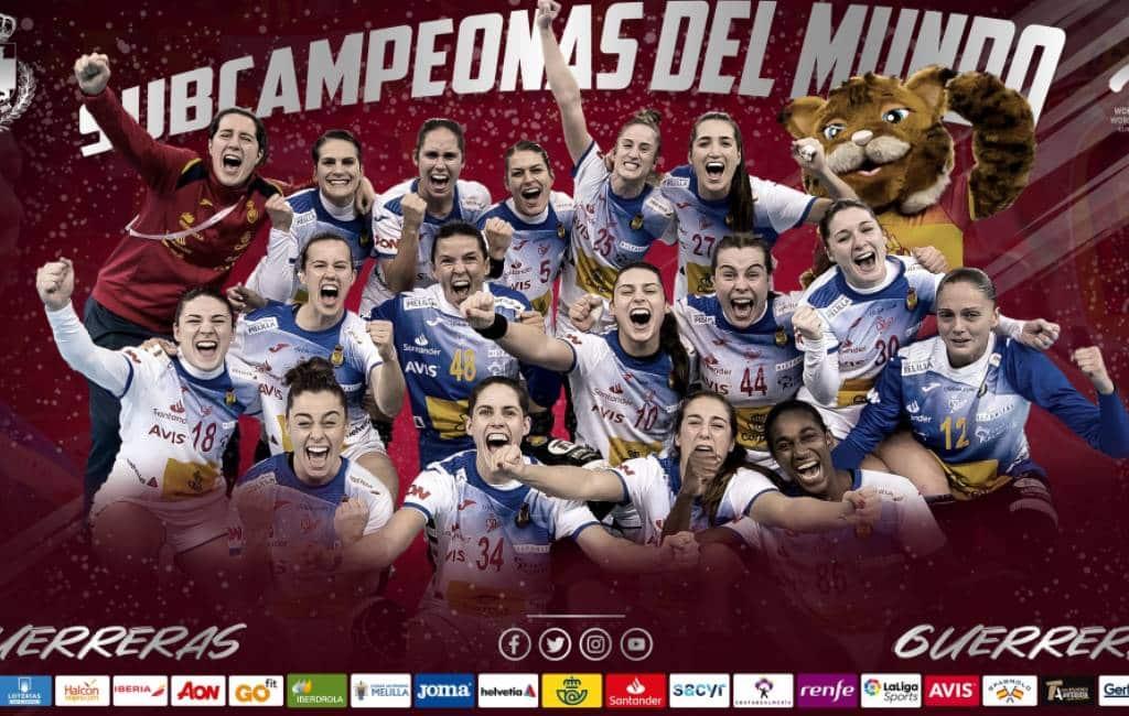 Spanje verliest eerste WK handbal voor vrouwen van Nederland