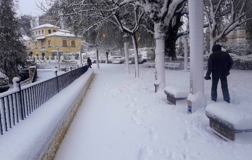 Sneeuw bij de Costa Blanca, Costa del Sol en Costa Dorada