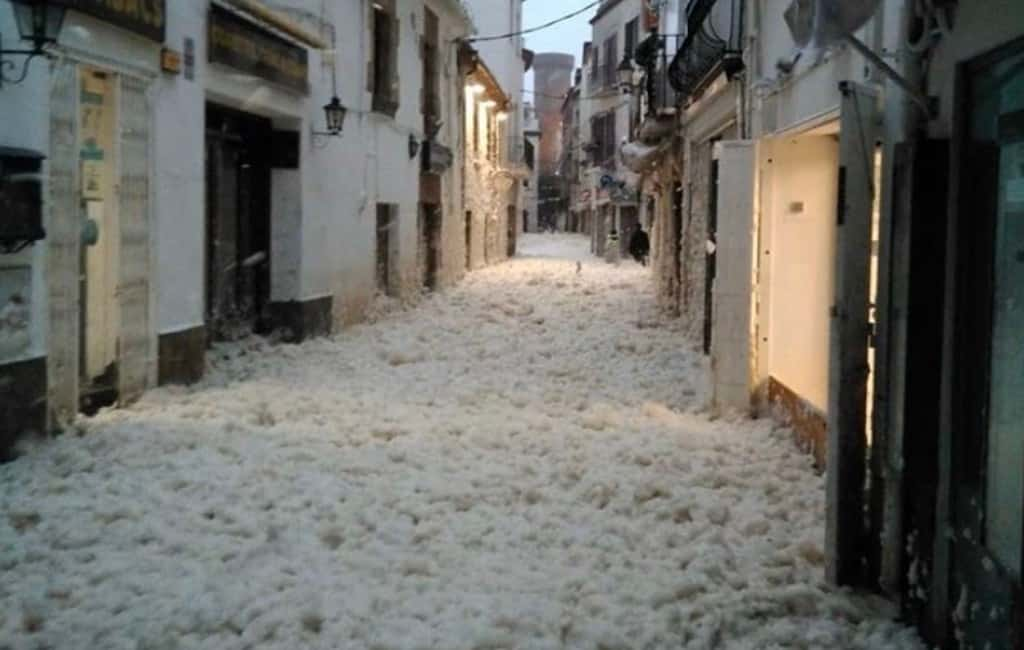 Video's noodweer Balearen en Catalonië