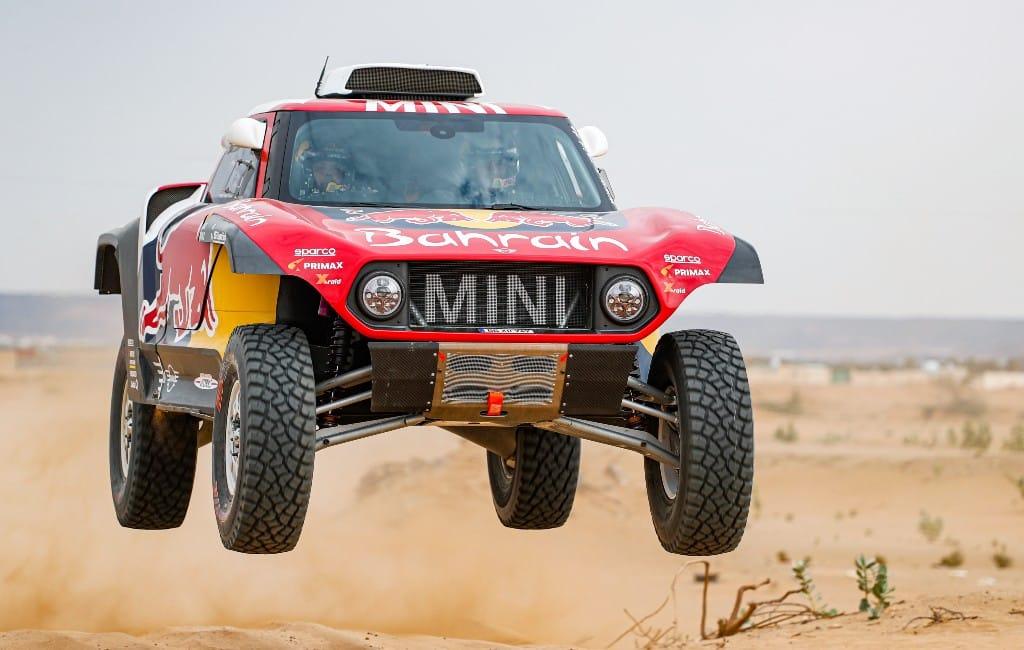 Spanjaard Carlos Sainz wint zijn derde Dakar Rally