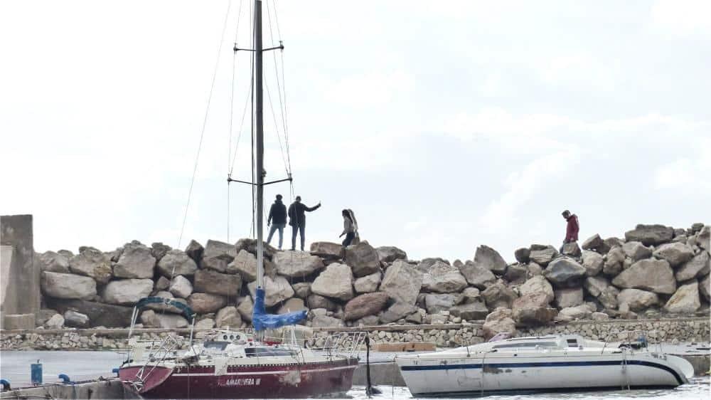 Vijf Nederlandse toeristen verrast door hoge golf in Calpe