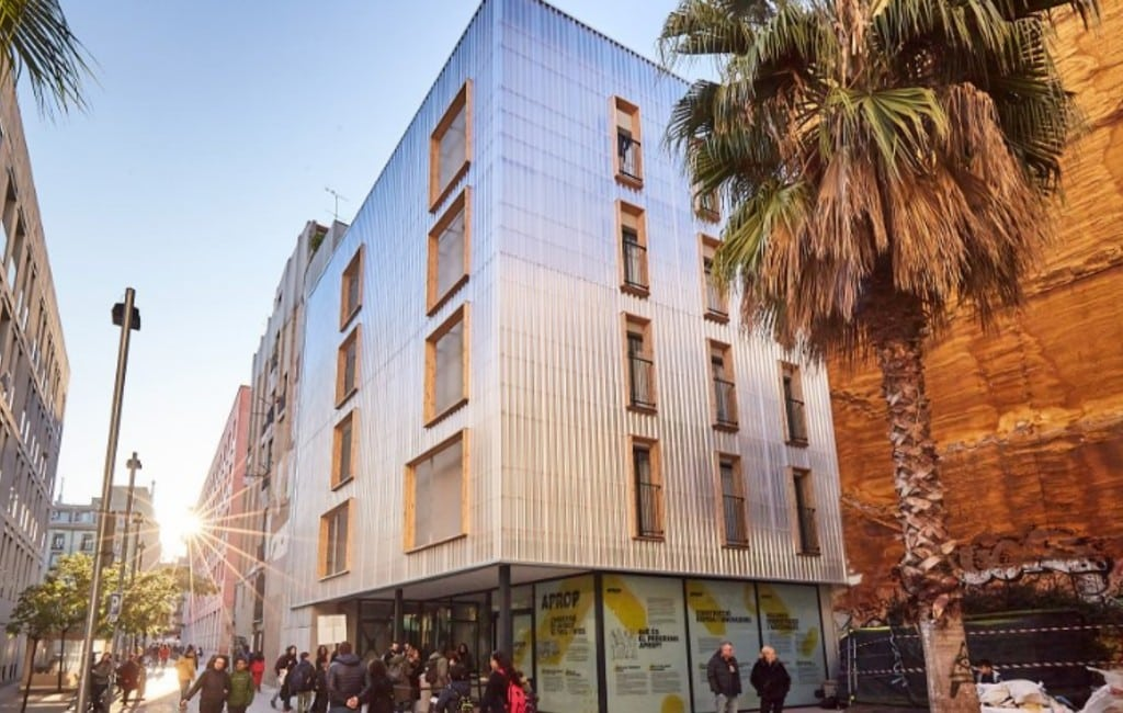 Kijkje in de containerwoningen in Barcelona