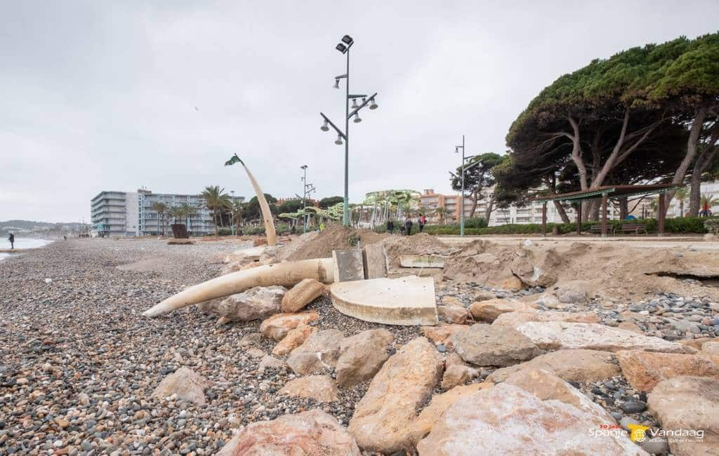 Noodweer laat spoor van vernieling na aan de Costa Dorada