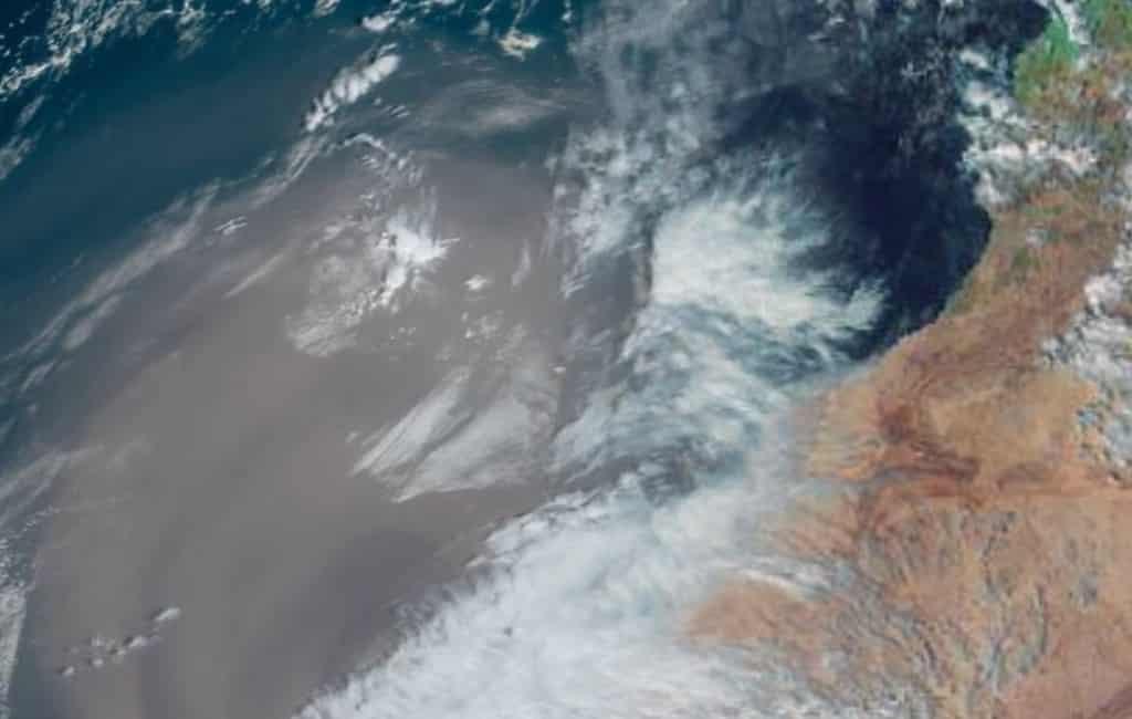 Canarische Eilanden door de calima van de kaart geveegd