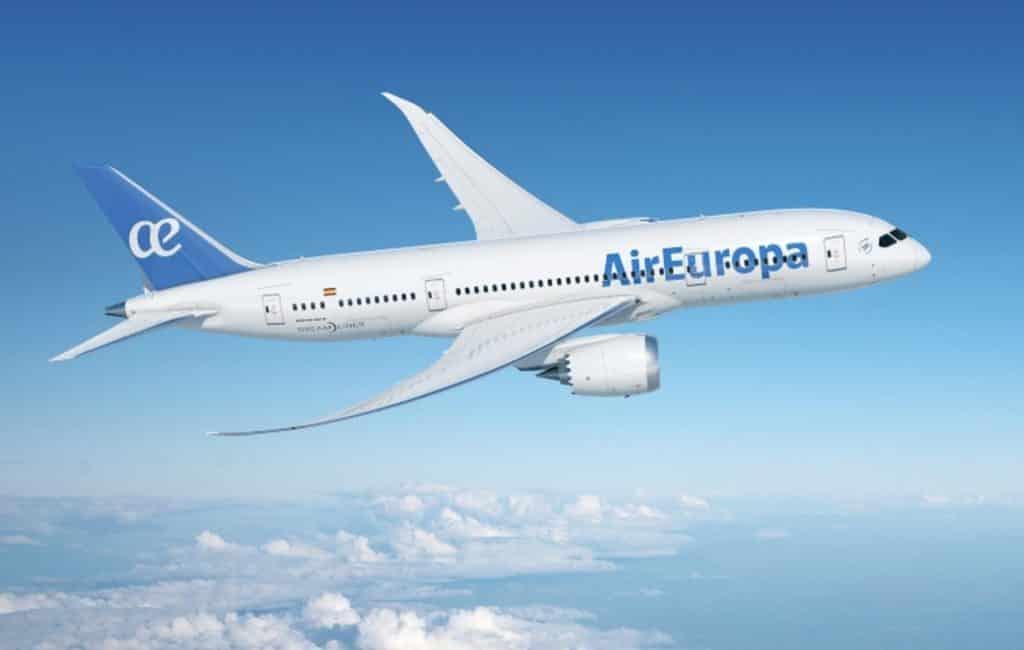 Air Europa vliegtuig na vijf mislukte pogingen Amsterdam terug naar Madrid