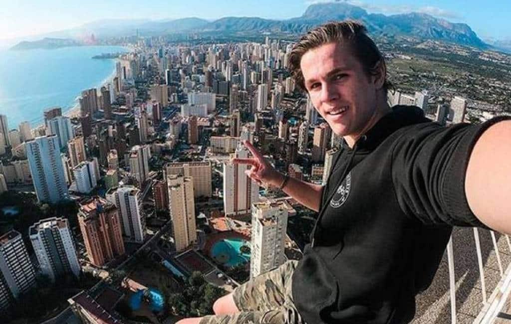 'Professionele Britse idioot' beklimt hoge gebouwen in Benidorm
