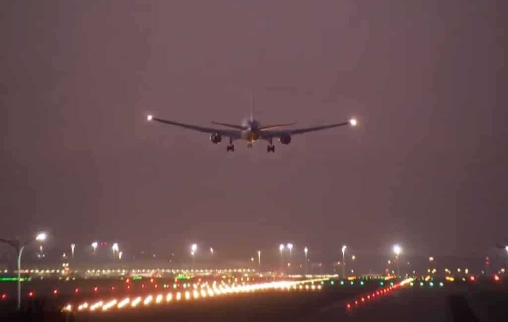 Canadees vliegtuig maakt succesvolle noodlanding vliegveld Madrid
