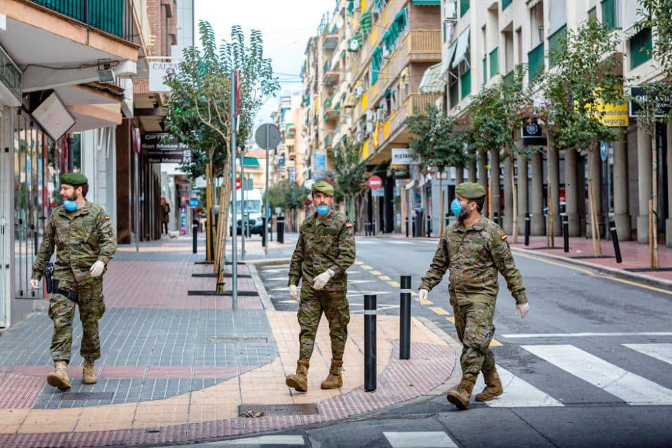 Militairen in plaats van toeristen in Benidorm