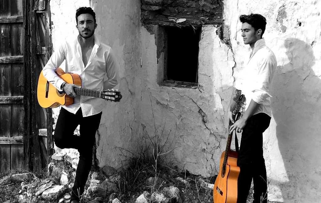 Nederlandstalige bedrijven dansen in de nieuwe zomerhit van The GypsyBrothers