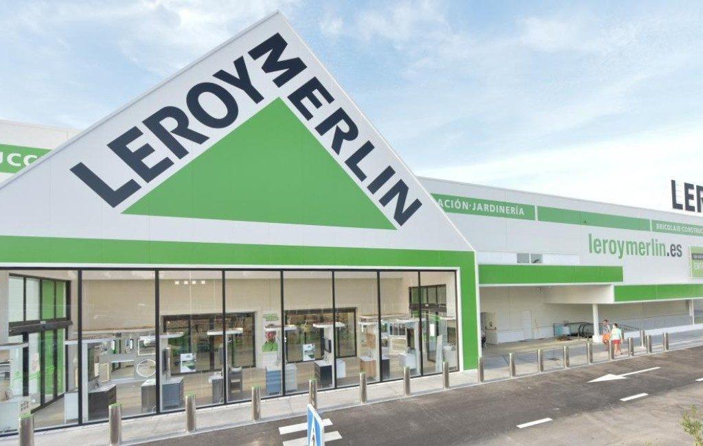 El Corte Inglés, Leroy Merlin, Ikea etc. mogen open maar kleiner