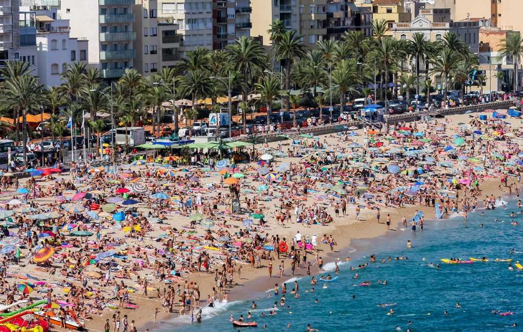 LLoret de Mar wil stranden verdelen per leeftijdsgroepen