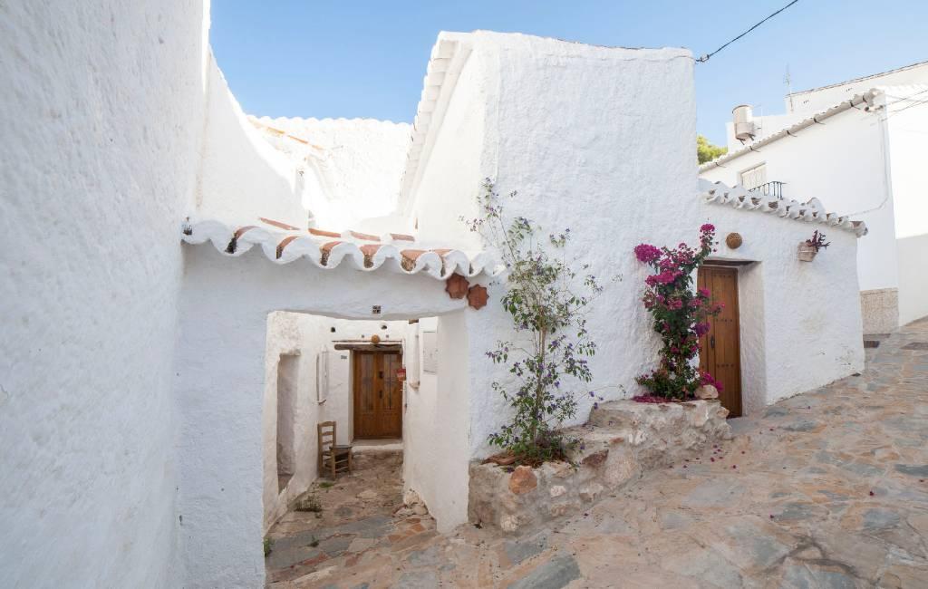 Witte Dorpen Andalusië coronavirus-vrij dankzij witkalk