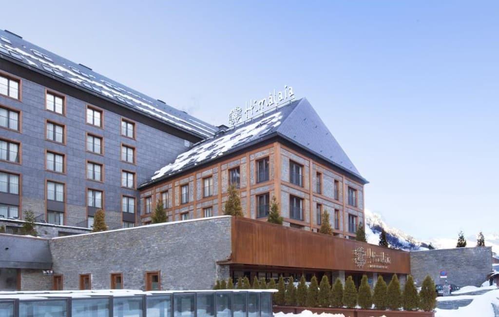 FC Barcelona speler Messi wil hotel in Spaans skigebied kopen