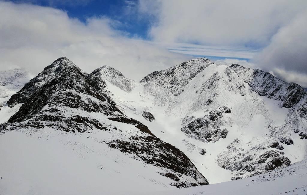 Temperaturen onder het vriespunt en sneeuw in juni in Spanje