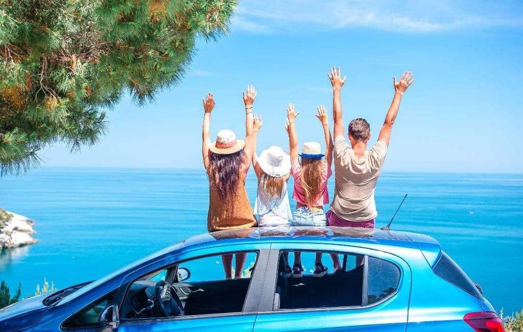 Twee van de drie Spanjaarden gaan dit jaar niet op vakantie