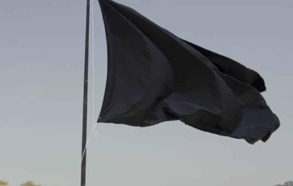 48 zwarte vlaggen voor slechte stranden en havens in Spanje