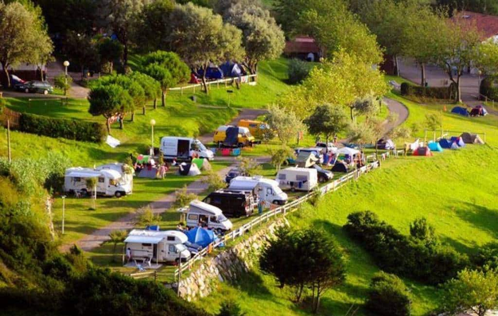 Camping in Baskenland gesloten vanwege kleine corona-uitbraak