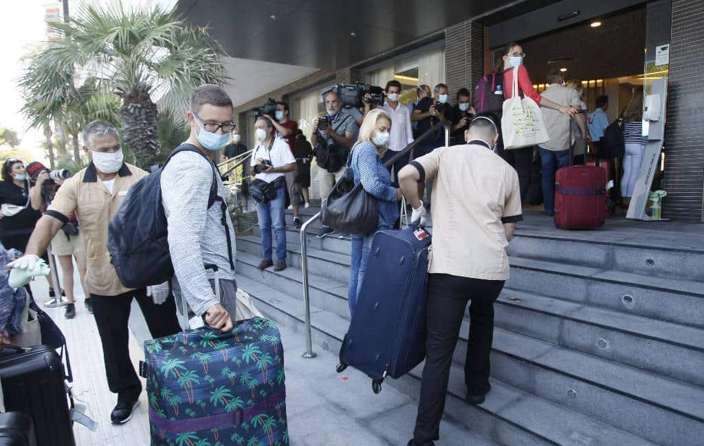 Eerste positief op COVID geteste toeristen in quarantaine in hotel op Mallorca