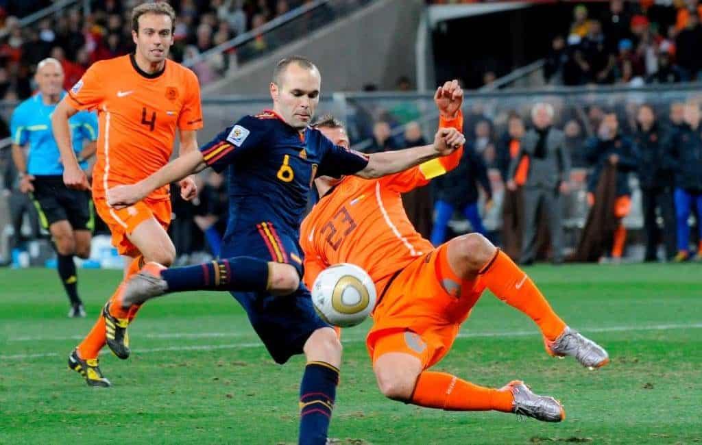 10 jaar geleden werd Spanje ten koste van Nederland wereldkampioen