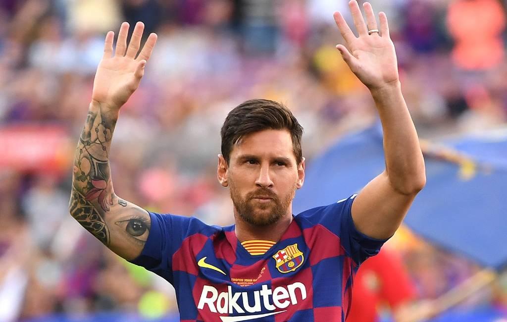Leo Messi en de nieuwgeboren jongens in Catalonië