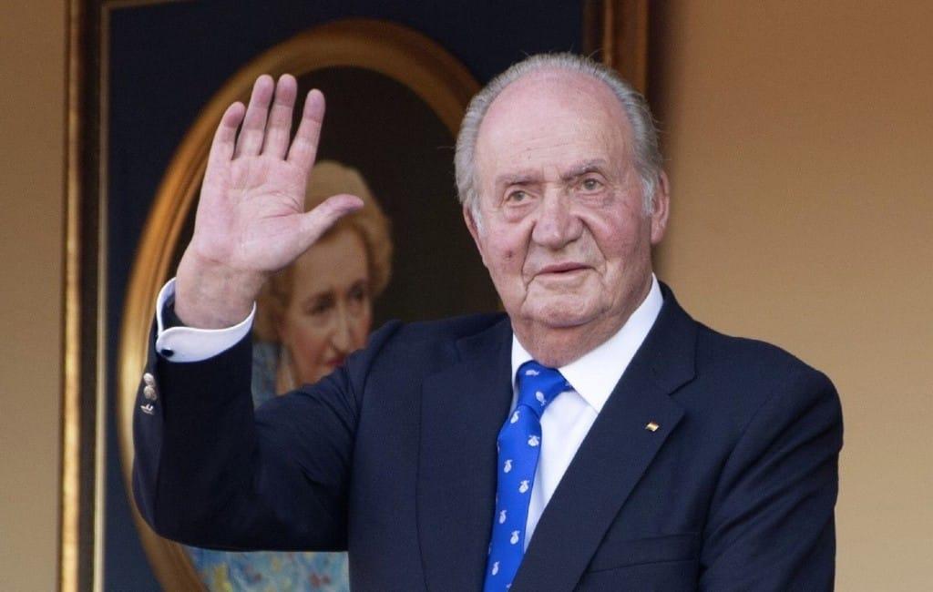 Oud-koning Juan Carlos besluit Spanje te verlaten