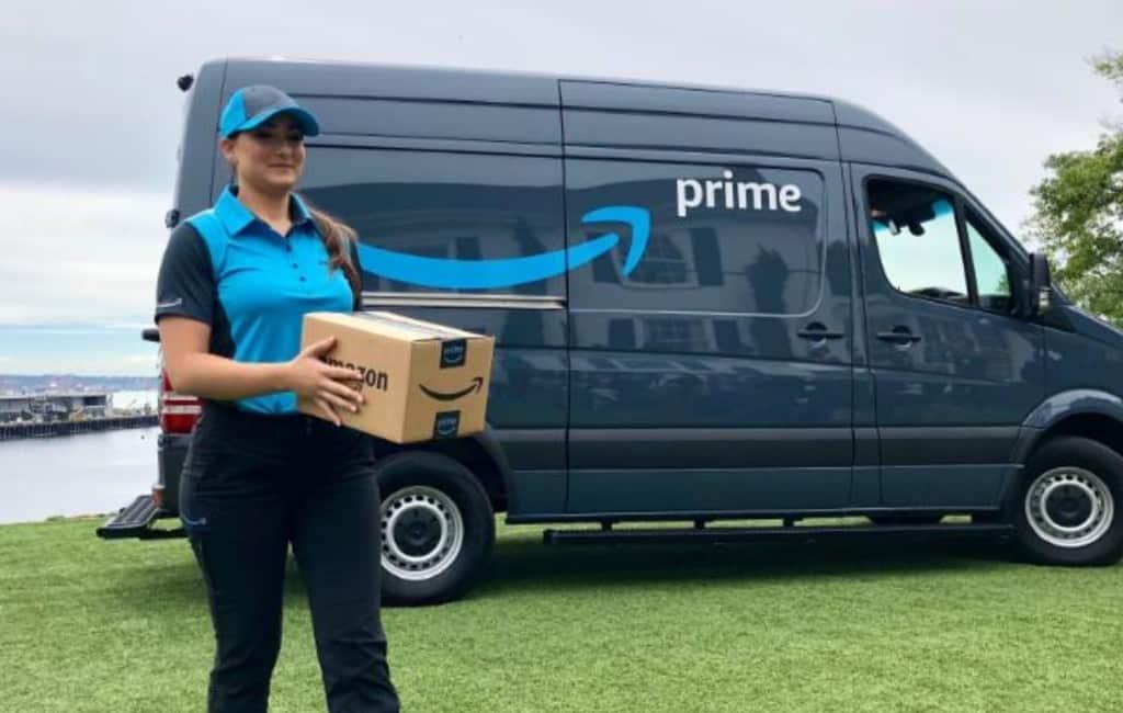 Webwinkel Amazon moet in Spanje een postbedrijf worden