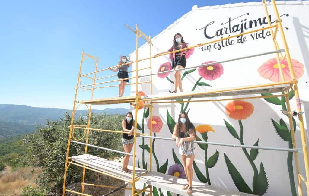 Cartajima (Málaga) vindt zichzelf opnieuw uit met originele muurschilderingen