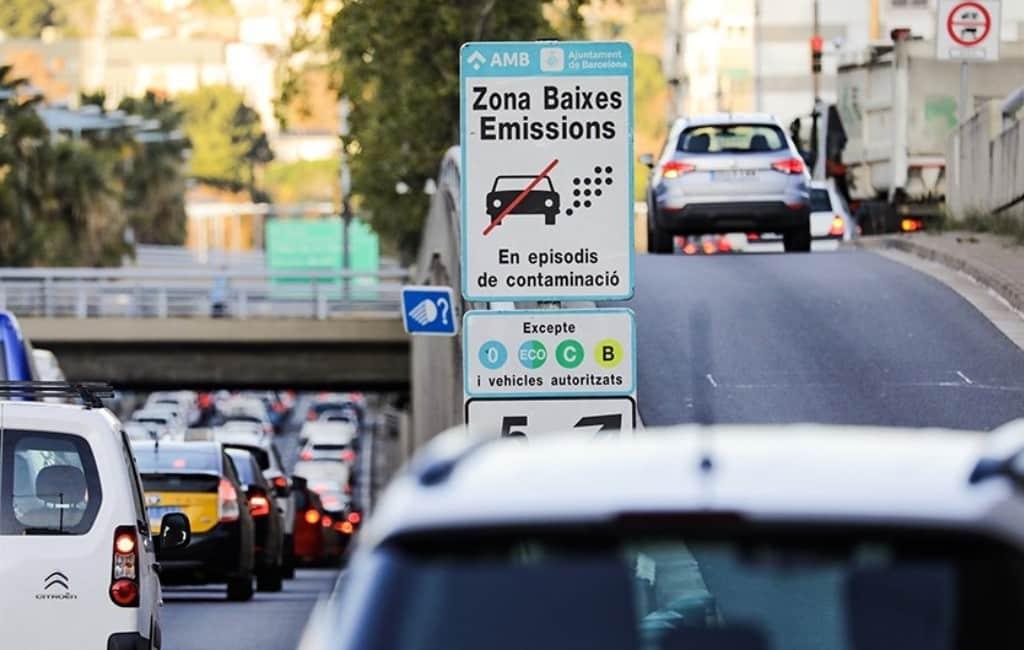 Vanaf 15 september boetes voor vervuilende voertuigen in Barcelona