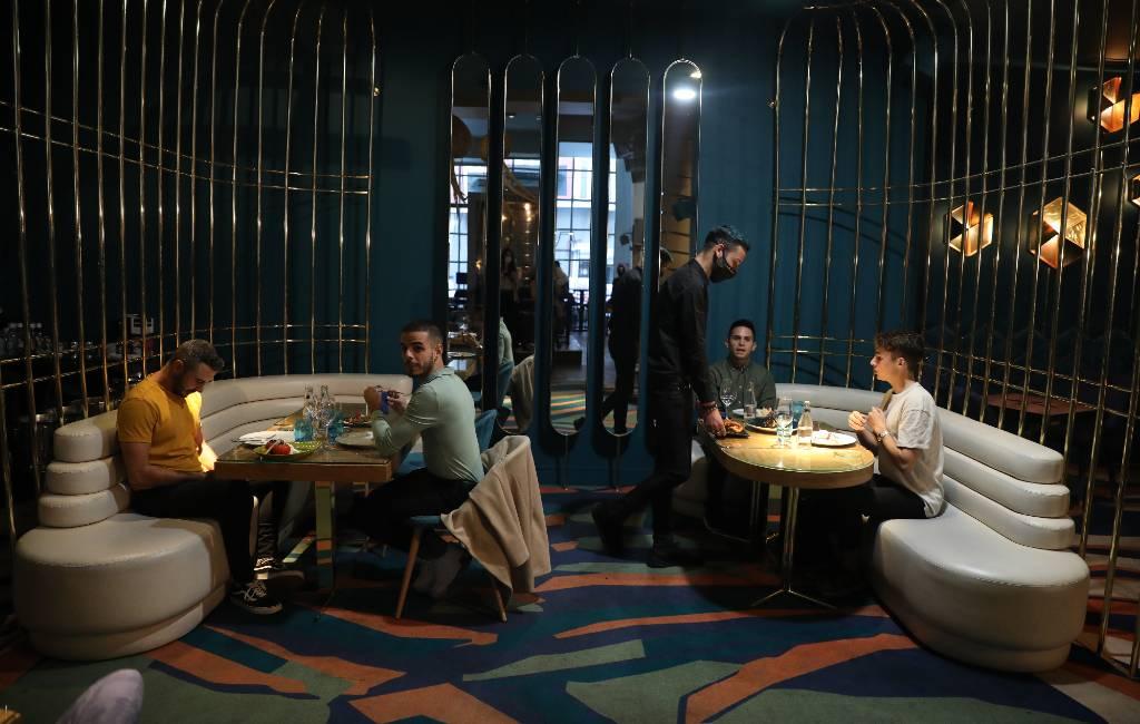 Horeca in Catalonië dicht maar discotheken Madrid mogen maaltijden aanbieden