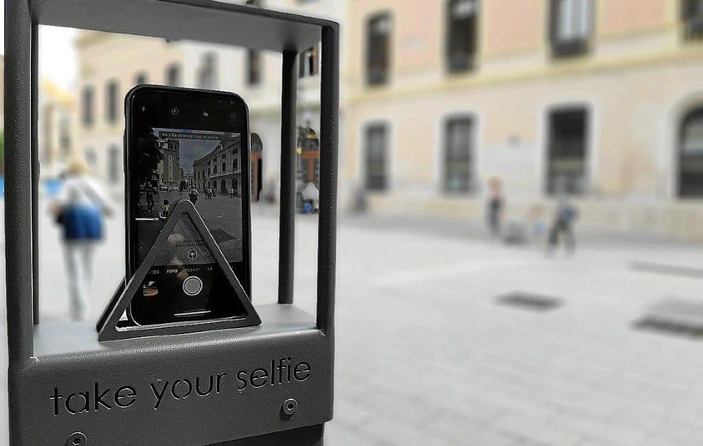200.000 euro voor selfie-palen op Balearen eiland Menorca