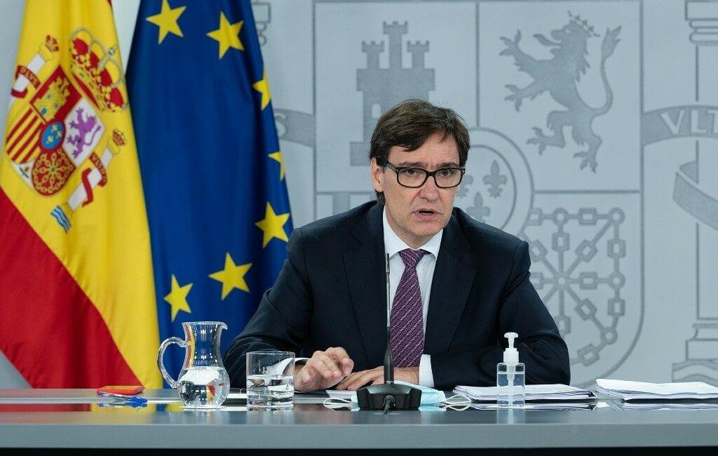 Minister wil nog geen beslissing nemen over thuisblijfplicht in Spanje