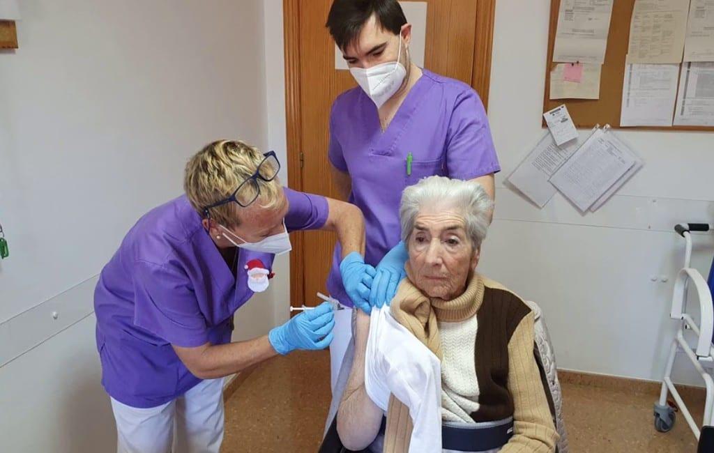 Nederlanders hebben corona-vaccinatie ontvangen aan de Costa Blanca