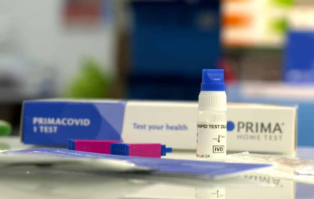 Apotheken Spanje begonnen met verkoop covid-antilichamen zelftests