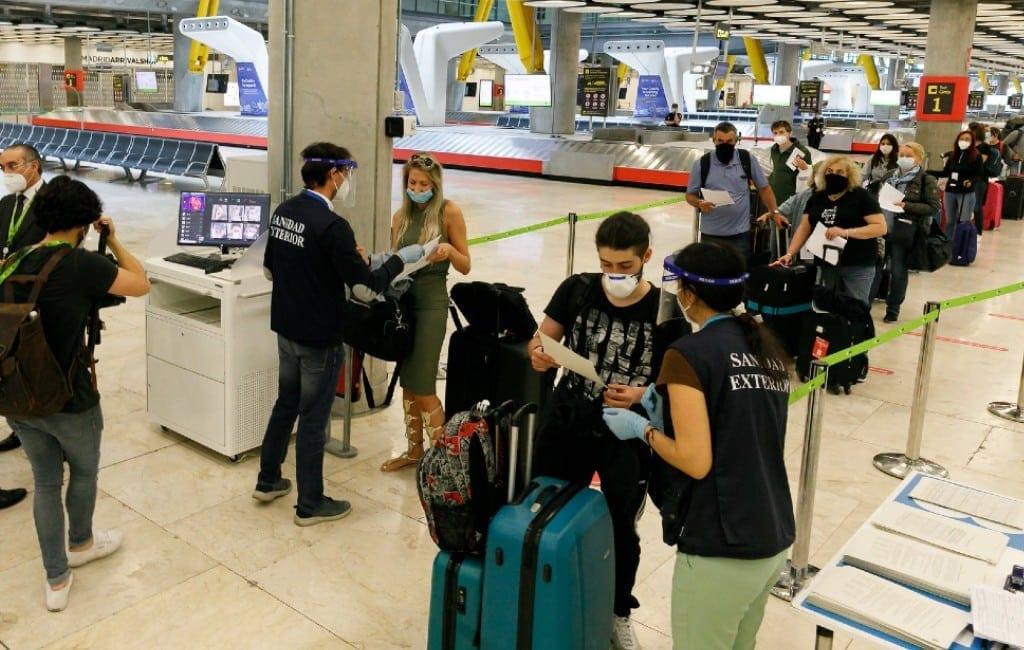 Spanje past verplichte PCR-test-eis om het land binnen te komen aan
