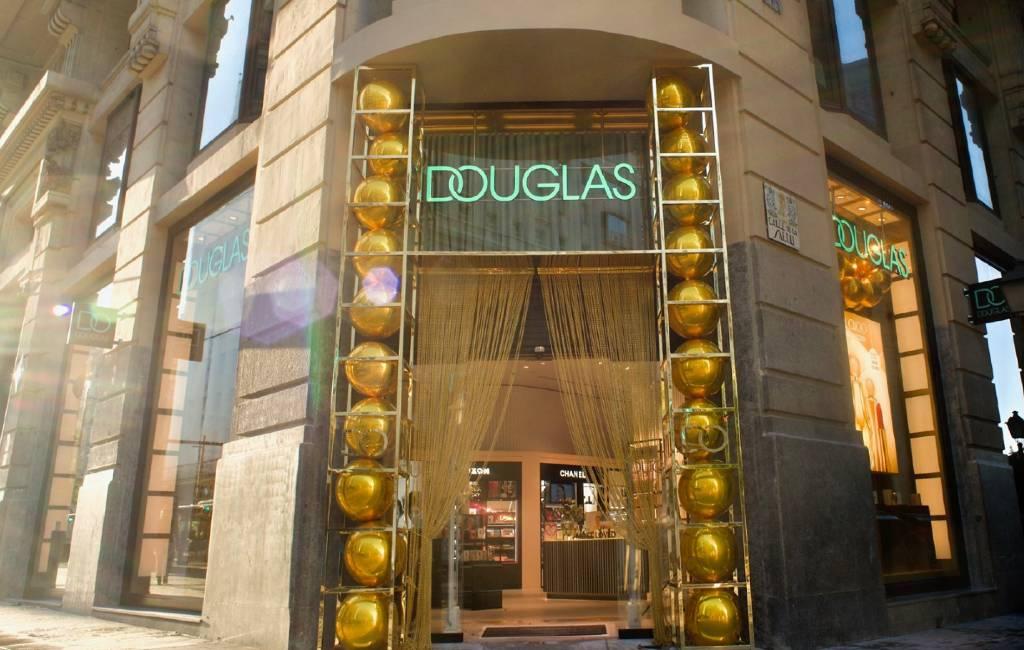 Parfumketen Douglas sluit ook in Spanje 103 winkels