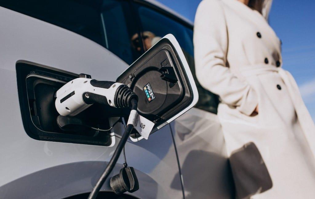 Top 5 meest verkochte hybride-, elektrische en op gas rijdende auto's in Spanje