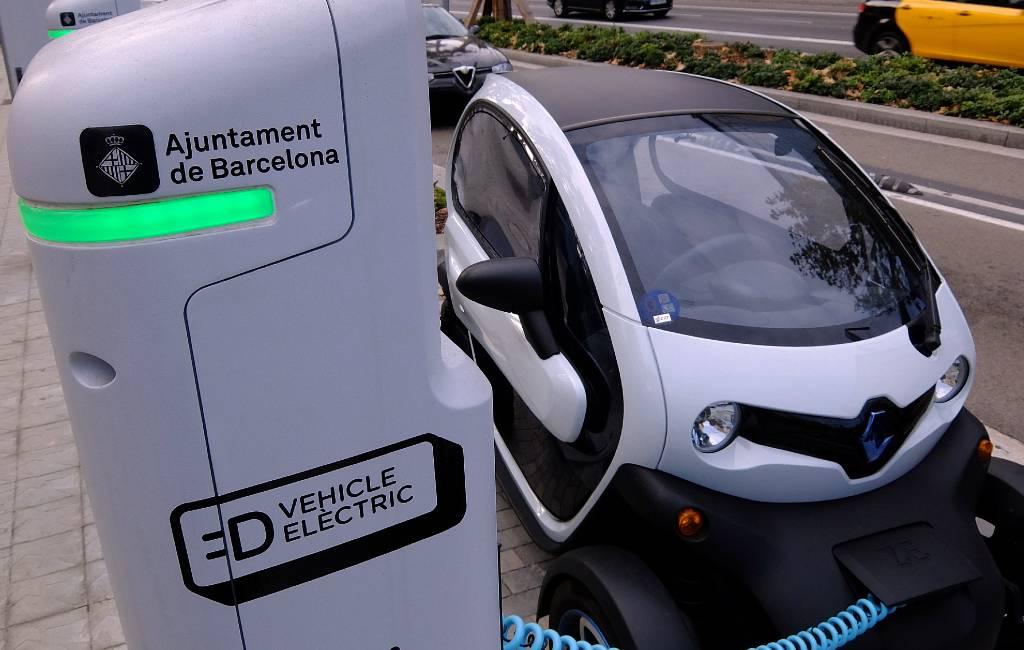 Barcelona gaat geld vragen voor het opladen van elektrische auto's