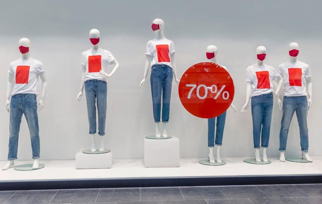 Winteruitverkoop Spanje begint met weinig klanten en gesloten winkels