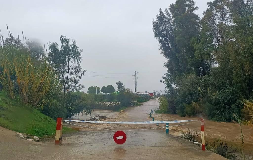 Veel wateroverlast in de provincie Málaga vanwege hevige regenval