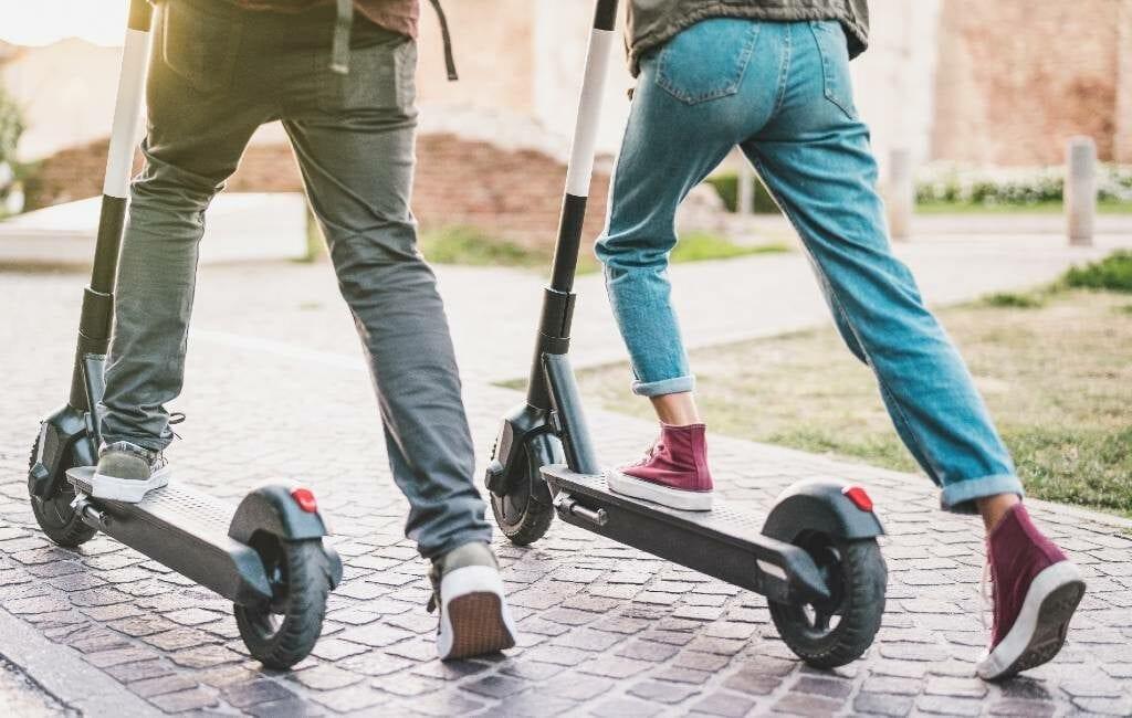 Nieuwe verkeersregels voor het rijden met elektrische steps in Spanje