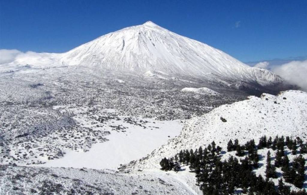 Het sneeuwt niet alleen op het Spaanse vasteland maar ook op Tenerife
