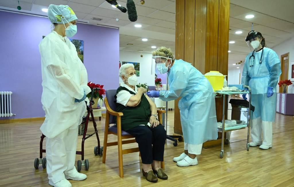 80-plussers volgende groep om gevaccineerd te worden in Spanje