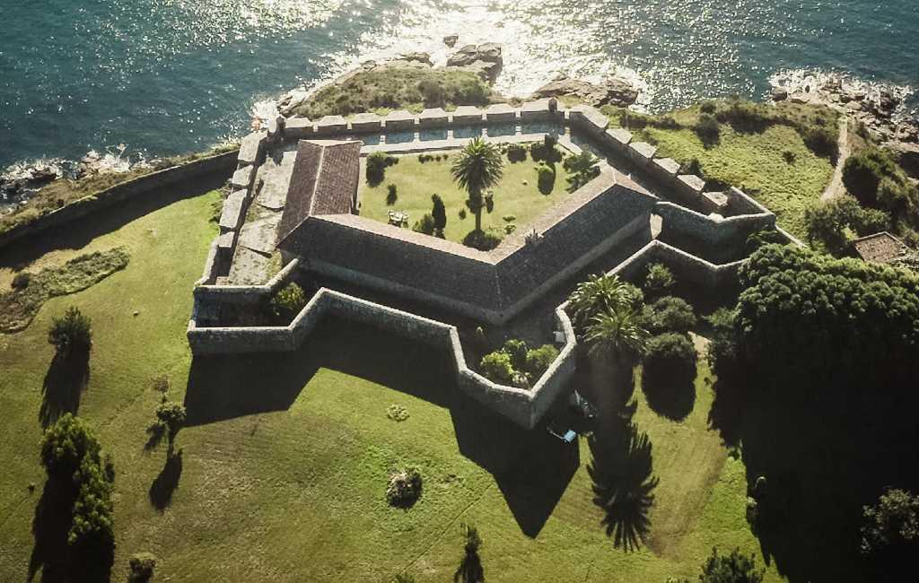 Dit oude fort in A Coruña in Galicië staat nog steeds te koop voor 3 miljoen euro